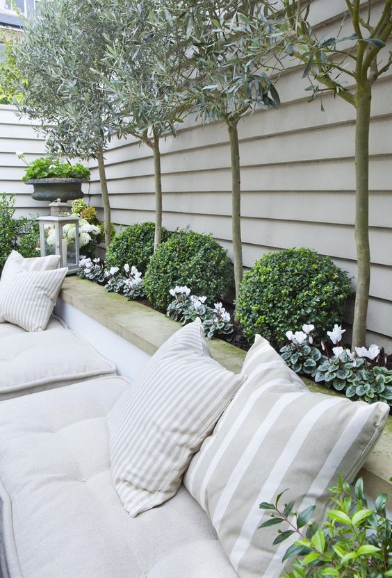 vaste-schutting-plantenbank-tuin