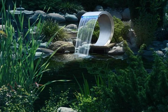 waterornament rvs waterval