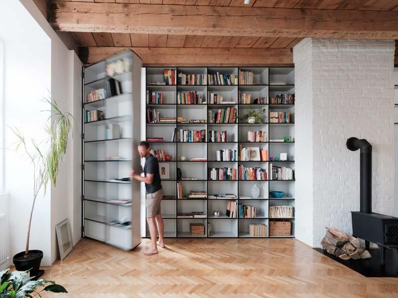 woonkamer inspiratie boekenkast als deur