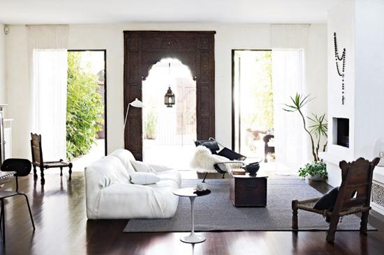 Woonkamer inrichting huis in melbourne wooninspiratie for Interieur stylisten