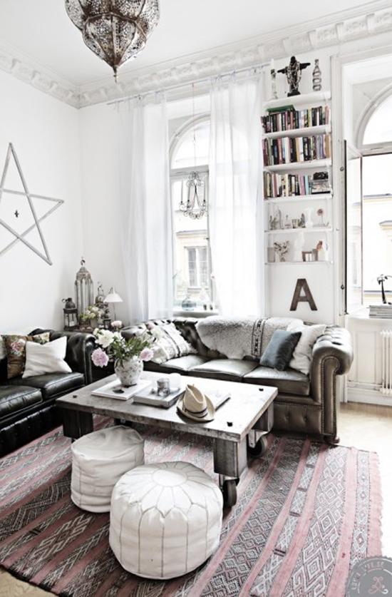 woonkamer met veel oriëntaalse details  wooninspiratie, Meubels Ideeën