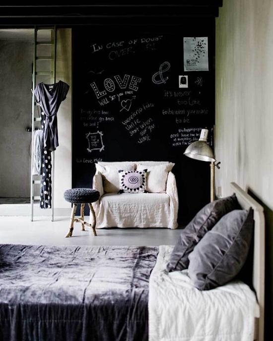 Zelf een krijtwand maken wooninspiratie for Bedroom chalkboard paint ideas