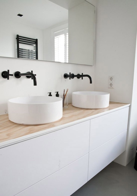 Zwart wit minimalistische badkamer wooninspiratie - Zwarte badkamer witte ...