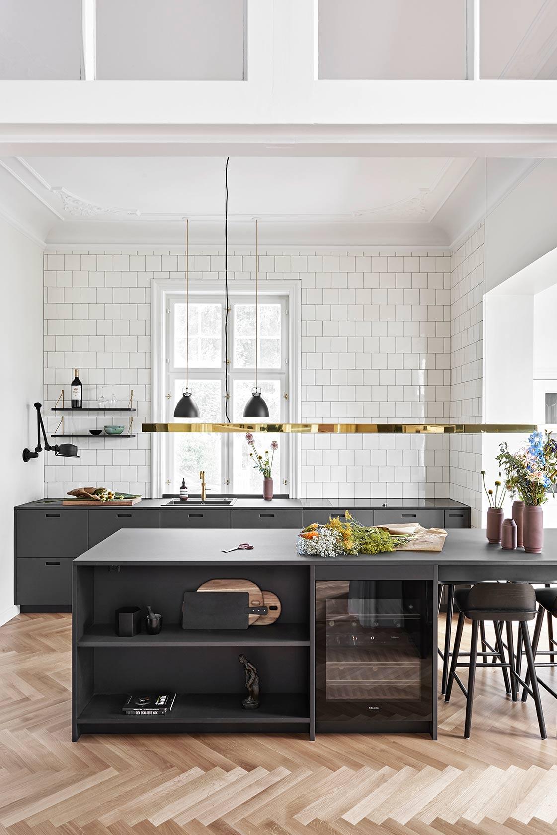 Zwarte keuken Scandinavisch modern