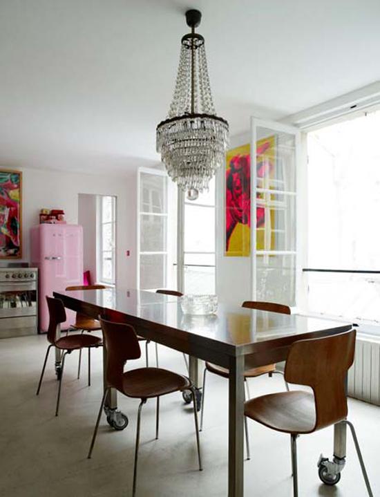 Moderne Stoelen Bij Antieke Tafel.Keuken Van Josephine Gintzburger Wooninspiratie